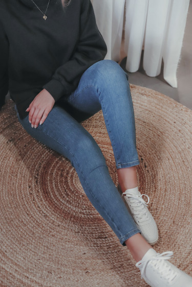 Kate 595 Ankle Mid Blue Recycled Jeans