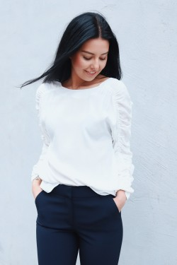 Zahra Shirt Soft White