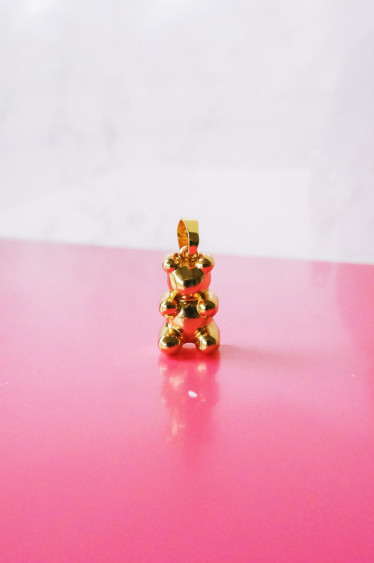 Exclusive Nostalgia Bear Pendant Golden