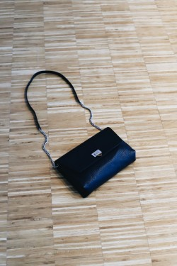 Victoria Big Pouch Black
