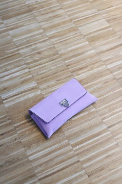 Nora Small Clutch Sude Pale Violet