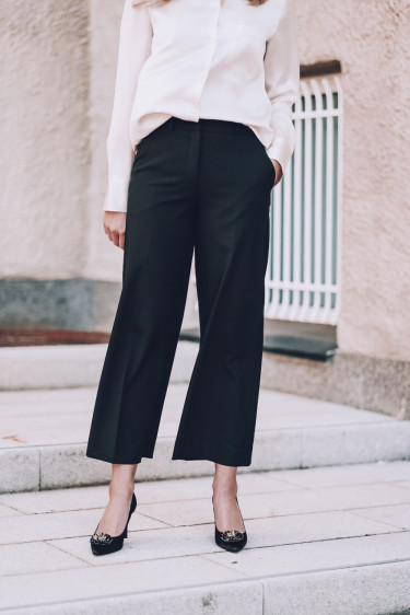 Dena 285 Crop Black Glow Pants