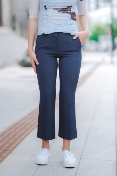 Clara 229 Crop Navy Melange Pants