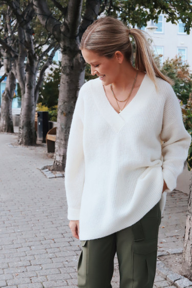 Soft Wool Knit Sweater