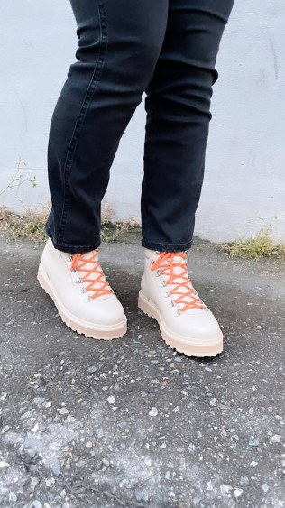 HIKING GRAINED LEATHER Pristine/Off white