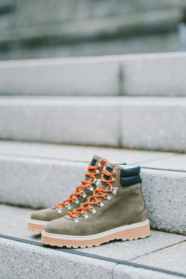 Hiking Suede/Shearling Military